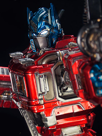 Transformers Generation 1 Optimus Prime Statue - Imaginarium Art