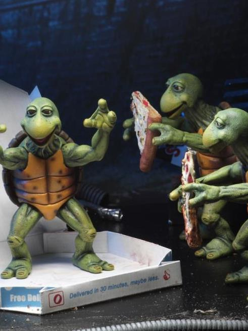 TMNT (1990 Movie) Baby Turtles 1/4 Scale Figure Set & More NECA TMNT